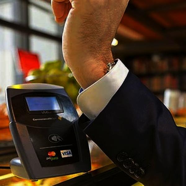 Деньги, путешествия, фитнес, спорт, работа, еда, смартфон, планшет, часы, MasterCard превратит любой гаджет в средство оплаты