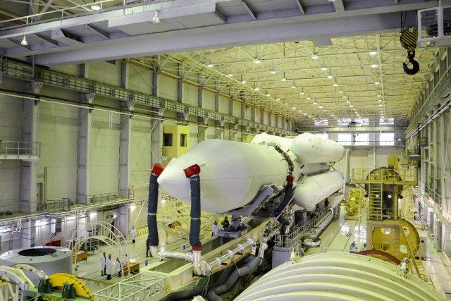 «Протон-М»: ракетные двигатели будут собирать в 3D-очках