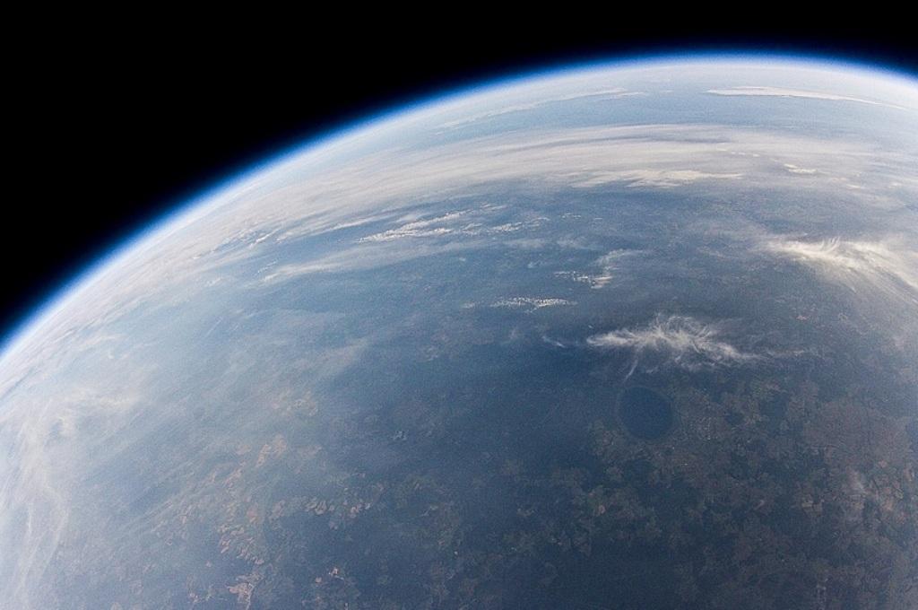Тренировочный день: NASA испытало парашют для посадки ровера на поверхность Марса